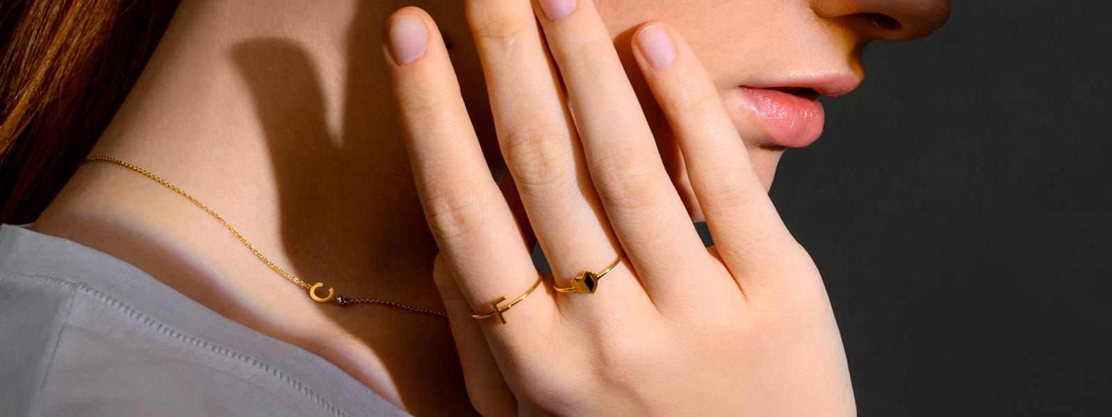 gioielli con lettere collana bracciale lettere